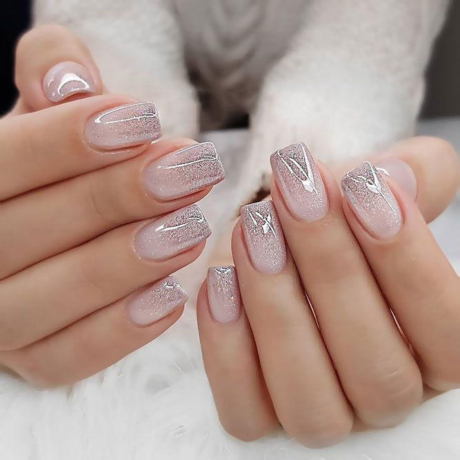 Nails; Pink Nails; Natural Nails; Solid Color Nails; Acrylic Nails; Cute Nails;Wedding Nails; Sparkling; Glitter;Bridal Nails; Simple Nails; Nail Design; Short Nails; Gradient Nails